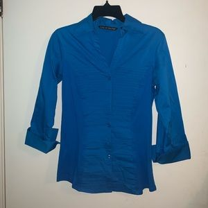 Blue Shirt w/ Horizontal Pleats (Zac & Rachel, S)